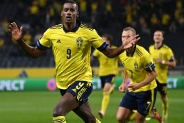 سوئد 2-1 اسپانیا؛ تقدیم صدر جدول به سوئدی ها