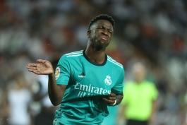 وینیسیوس: رئال مادرید هرگز تسلیم نمی شود؛ برای قهرمانی در لالیگا باید چنین بازی هایی را ببرید