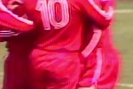 گل به یادماندنی از فرانتس بکن باوئر به مناسبت تولد۷۵ سالگی قیصر فوتبال المان
