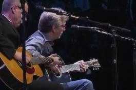 اجرای احساسی Tears In Heaven از Eric Clapton