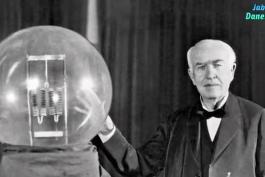 شکست توماس ادیسون در ساخت باطری که بعد از هربار شارج ماشین ها مسافت ۱۶۰ کیلومتر  را طی کنند.