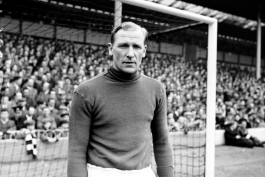 Seven months after breaking his neck, Bert Trautmann returns to the Manchester City first team for the Division One game against Wolves, 1957