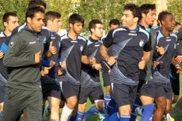 کاروان تیم فوتبال استقلال یکشنبه در امارات
