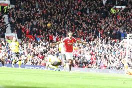 منچستریونایتد ۱-۰ استون ویلا؛ پیروزی زجر آور برابر بدترین تیم تاریخ لیگ برتر