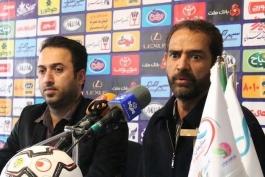 لیگ برتر فوتبال - صنعت نفت آبادان