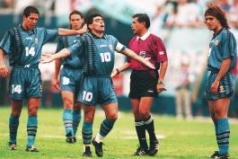 جام جهانی 1994-آرژانتین-ناپولی-مافیا