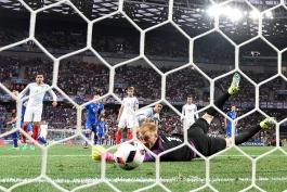 انگلیس 1 - 2 ایسلند؛ انگلیس یخ زد، کوه یخ صعود کرد