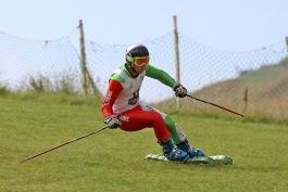 سرمربی تیم ملی اسکی روی چمن استعفا داد