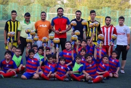 ورزشکاران ایران در شبکه های اجتماعی (316)