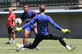 گزارش تصویری؛ اضافه شدن چیچاریتو و رومرو به تمرینات منچستریونایتد