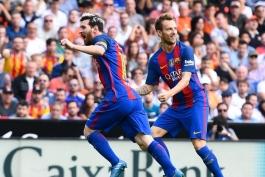 در یک نگاه؛ آمار و ارقام بازی والنسیا و بارسلونا