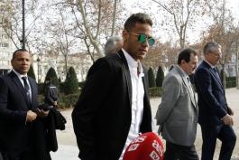 گزارش تصویری؛ حضور نیمار و پدرش در دادگاه آدنسیا ناسیونال
