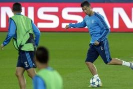 گزارش تصویری؛ کنفرانس خبری و تمرین امشب تیم های پی اس جی و رئال مادرید