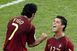 رونالدو 2013 همانند فیگو 2000؛ بردن توپ طلا بدون کسب افتخار تیمی