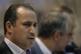 جلسه تاج و علی عسکری در مورد حق پخش تلویزیونی