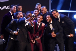 نگاهی به تیم منتخب بهترین بازیکنان سال فیفا در ادوار گذشته