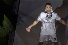 رونالدو بهترین بازیکن فصل 14-2013 از نگاه کاربران طرفداری