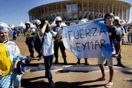 """پیام هواداران آرژانتین به نیمار: """"قوی باش، نیمار"""""""