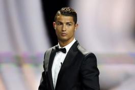 کریستیانو رونالدو: به خاطر پیدا کردن دوست، فوتبالیست نشده ام؛ 50 درصد از موفقیت هایم به دلیل حفظ آمادگی جسمانی است