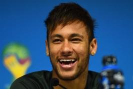 نیمار: فقط عنوان قهرمانی را می خواهم نه چیز دیگر؛ پوشیدن پیراهن شماره 10 برزیل افتخار بزرگی است