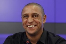 انتقاد روبرتو کارلوس از فدراسیون فوتبال برزیل: این تیم به یک تغییر اساسی نیاز داشت نه بازگشت به عقب و دونگا!