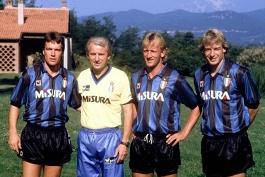 اینتر- میلان- یوونتوس- ناپولی- سری إ- پرونده فوتبال ایتالیا- موراتی- برلوسکونی- دهه ۹۰ فوتبال ایتالیا- ایتالیایی دهه ۹۰