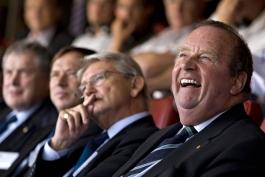 فرانس بکنباوئر به سوالات کمیته اخلاق فیفا پاسخ خواهد داد