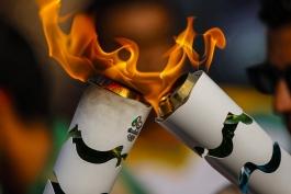 هشت ساعت تا آغاز بزرگترین رویداد ورزش جهان؛ مشعل در راه ماراکانا است!