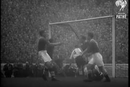 اولین قهرمانی چلسی در لیگ انگلستان 1955-1954