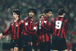 میلان-سری آ-ایتالیا-Ac Milan-آژاکس-هلند-آمستردام-Ajax