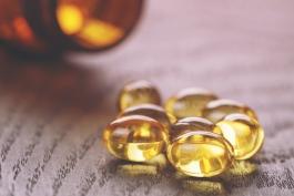 روغن ماهی- fish oil- دارو- ویتامین- مکمل های غذایی و دارویی