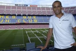 barcelona-بارسلونا-مهاجم-اسطوره-برزیل-نیوکمپ