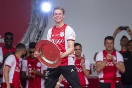 ajax-آژاکس-هافبک-هلند-جشن قهرمانی