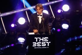 LUKA MODRIC-THE BEST-هافبک-کرواسی-رئال مادرید-بهترین-بازیکن-دنیا-فیفا