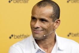 مهاجم سابق بارسلونا- اسپانیا- برزیل- Betfair