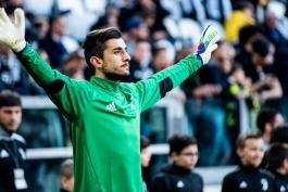 یوونتوس-دروازه بان یوونتوس-ایتالیا-سری آ-Juventus