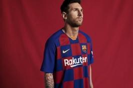 واکنش توئیتر فدراسیون فوتبال کرواسی به پیراهن شطرنجی بارسلونا در فصل 2019/20 (عکس)