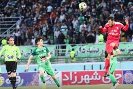 فوتبال ایران-لیگ برتر-بازی ذوب آهن و تراکتورسازی
