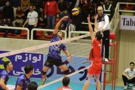 لیگ برتر والیبال؛ تقابل شهرداری ورامین و فولاد سیرجان در مهم ترین دیدار هفته بیستم - iran volleyball