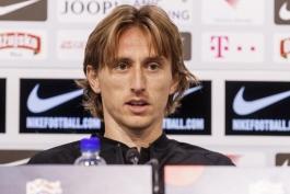 لوکا مودریچ: کرواسی باید به تیمی که در جام جهانی بود، تبدیل شود و برای این کار، ابتدا از خودم شروع می کنم