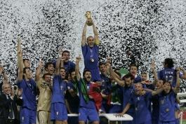 تیم ملی ایتالیا - کالچوپولی - سری آ - سری بی - جام جهانی - یورو - آلمان - فرانسه - آرژانتین - برزیل - بایرون مورنو - زین الدین زیدان - پائولو روسی