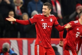 بایرن مونیخ - لیگ قهرمانان اروپا - پنجاهمین گل - گلزنی مقابل بنفیکا
