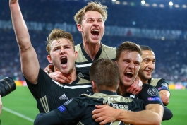 هلند - آژاکس - نسل طلایی آژاکس - یک چهارم نهایی لیگ قهرمانان اروپا