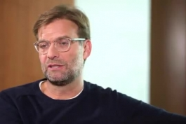 """🔴 ویدیو؛ """"اگر مالک یک باشگاه فوتبال باشید، کدام را ترجیح میدهید؟ 10 سال مسیِ در اوج یا 10 سال فرگوسن در اوج؟"""" کلوپ به زیبایی پاسخ میدهد"""
