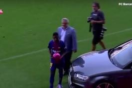 ویدیو برای اینکه اگر یک وقتی پرسیدن چرا عاشق فوتبال هستید .بزرگترین مذهب دنیا حتی یک مذهب نیست.فوتبال تنها یک ورزش نیست زندگیه