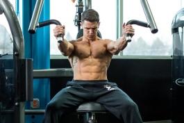 بدنسازی-پرورش اندام-رشد عضلات سینه-Gym Mistakes-بازو-سینه-Chest-پرس سینه