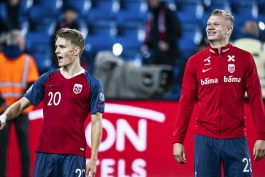 فرزندان قهرمانان نروژ در دهه 1990، ملت را به آینده ای روشن تر سوق می دهند