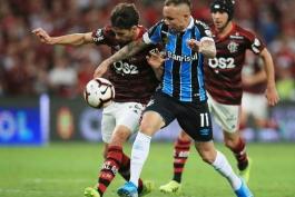 Flamengo and Gremio-Copa Libertadores-مهاجم-برزیل-مدافع-لیبرتادورس