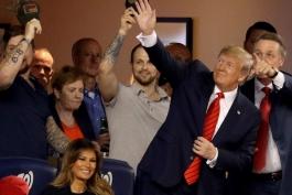 دونالد ترامپ - ملانیا ترامپ - لیگ بیسبال آمریکا - اخبار MLB