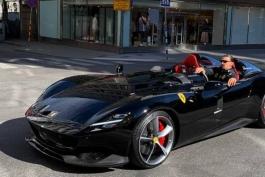 زلاتان ابراهیموویچ با اتومبیل فراری 1.6 میلیون یورویی خود در سوئد جریمه شده است (عکس)